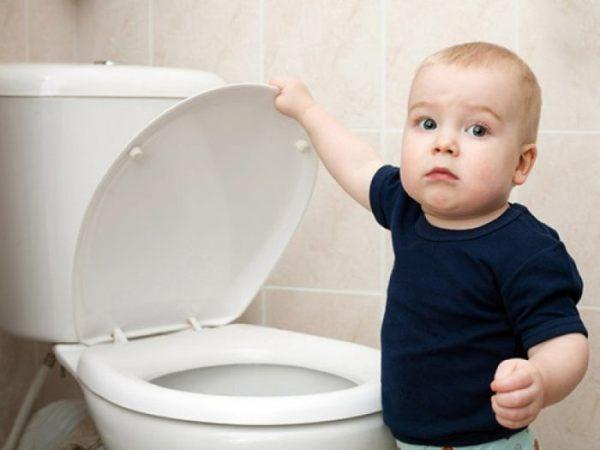 Кровь в моче у ребенка: причины у новорожденного, грудничка, детей 2-3 лет