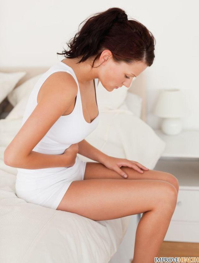 Цистит с кровью: причины, симптомы, лечение препаратами у женщин