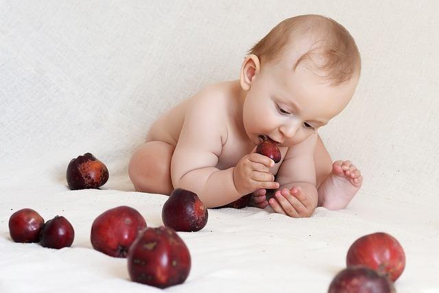 Повышенные лейкоциты в моче и крови у ребенка: норма, причины, анализ, лечение