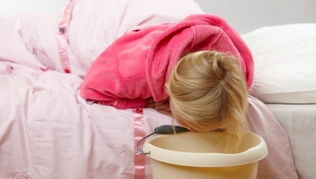 Почему повышенный ацетон в моче у ребенка: причины, симптомы, диагностика, лечение