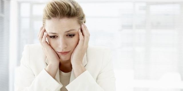 Цистит: причины возникновения и психосоматика у женщин по Луизе Хей и Лиз Бурбо