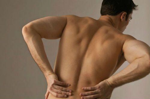 Почему болят почки: симптомы у мужчин и женщин, лечение